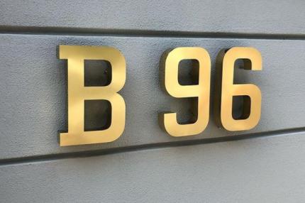 B96 PASLANMAZ HARF